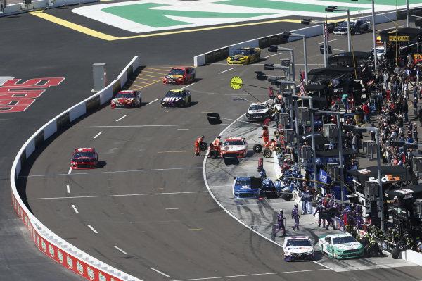 #12: Ryan Blaney, Team Penske, Ford Mustang MoneyLion #11: Denny Hamlin, Joe Gibbs Racing, Toyota Camry FedEx Freight