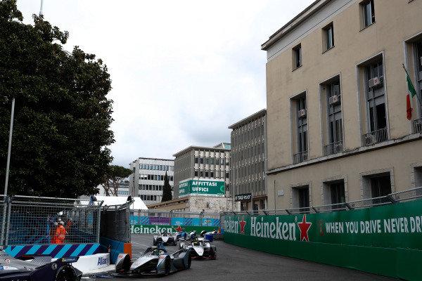 Felipe Massa (BRA), Venturi Formula E, Venturi VFE05, leads Oliver Rowland (GBR), Nissan e.Dams, Nissan IMO1, and Edoardo Mortara (CHE) Venturi Formula E, Venturi VFE05