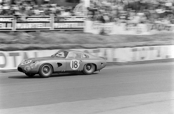 Phil Hill / Lucien Bianchi, David Brown Corporation, Aston Martin DP215.