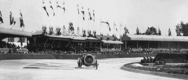 Amiens, France. 12 July 1913.Published Autocar 19/7/1913.World Copyright - LAT Photographic