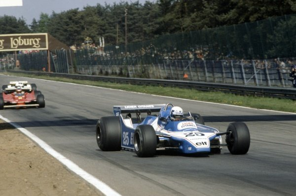 1980 Belgian Grand Prix.Zolder, Belgium. 2-4 May 1980.Didier Pironi (Ligier JS11/15-Ford Cosworth), 1st position, leads Gilles Villeneuve (Ferrari 312T5) and Rene Arnoux (Renault RE20).World Copyright: LAT PhotographicRef: 35mm transparency 80BEL10