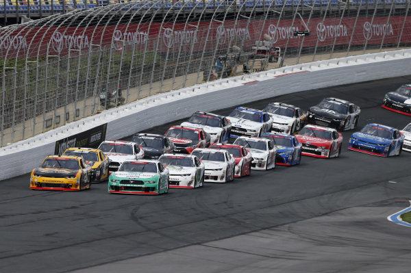 #21: Daniel Hemric, Richard Childress Racing, Chevrolet Camaro South Point Hotel & Casino #22: Austin Cindric, Team Penske, Ford Mustang MoneyLion
