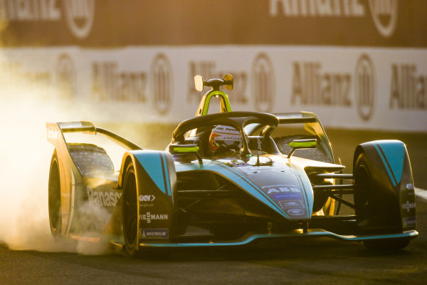Nelson Piquet Jr. (BRA), Panasonic Jaguar Racing, Jaguar I-Type 3, locks up