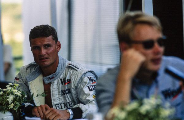 David Coulthard with Mika Häkkinen.