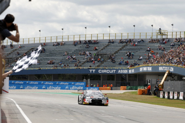 Race winner Mike Rockenfeller, Audi Sport Team Phoenix, Audi RS 5 DTM.