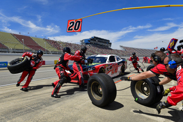 #20: Christopher Bell, Joe Gibbs Racing, Toyota Supra Rheem / RTP makes a pit stop, Sunoco