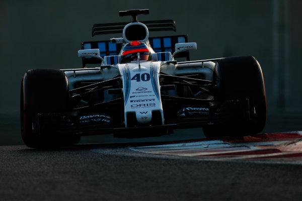 Yas Marina Circuit, Abu Dhabi, United Arab Emirates. Wednesday 29 November 2017. Robert Kubica, Williams FW40 Mercedes.  World Copyright: Zak Mauger/LAT Images  ref: Digital Image _56I6885