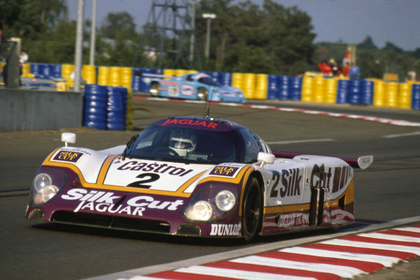 Le Mans, France. 11th - 12th June 1988 Jan Lammers/Johnny Dumfries/Andy Wallace Jaguar XJR-9 LM, 1st position, action. World Copyright: LAT Photographic ref: 88LM74.