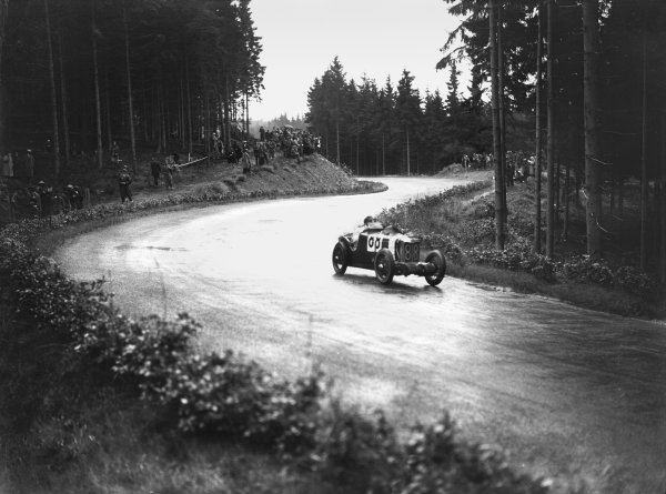 Nurburgring, Germany. 19th July 1931. Francis Samuelson (MG Midget Type C), 5th position, in Group 2, action.  World Copyright: LAT Photographic. Ref:  Autocar Glass Plate B6812