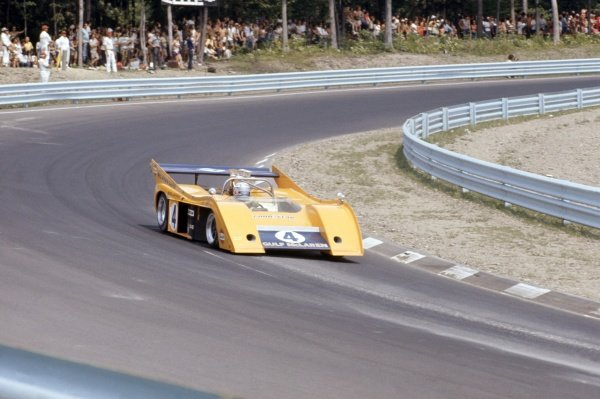 1972 Can-Am Challenge Cup.CanAm race. Watkins Glen, New York State, United States (USA). 23 July 1972.Peter Revson (McLaren M20-Chevrolet), 2nd position.World Copyright: LAT PhotographicRef: 35mm transparency 72CANAM29