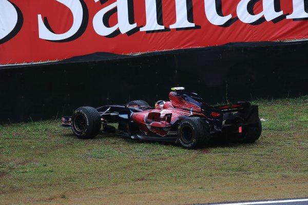 2007 Brazilian Grand Prix - Friday PracticeInterlagos, Sao Paulo, Brazil19th October 2007.Sebastian Vettel, Toro Rosso STR02-Ferrari, leaves the circuit. Action.World Copyright: Andrew Ferraro/LAT Photographicref: Digital Image VY9E7440