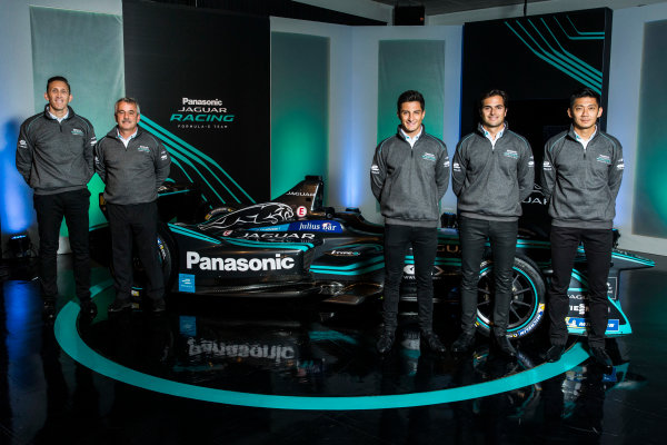 Panasonic Jaguar Racing RE:CHARGE LIVE EVENT Whitely Engineering Centre, Warwickshire, UK Thursday 21 September 2017. James Barclay (Team Director, Jaguar Racing), Gerd M?user (Chairman, Panasonic Jaguar Racing), Mitch Evans,Nelson Piquet Jr, and Ho-Pin Tung Photo: Andrew Ferraro/LAT/Jaguar ref: Digital Image _FER7226