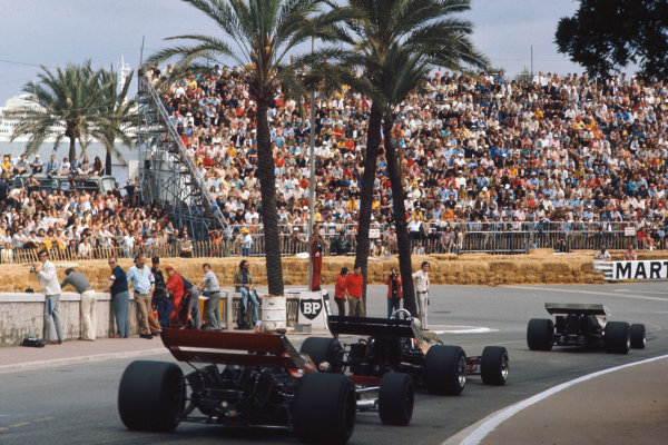 1971 Monaco Grand Prix.  Monte Carlo, Monaco. 20th-23rd May 1971.  Ronnie Peterson, March 711 Ford, follows Denny Hulme, McLaren M19A Ford, into Station hairpin.  Ref: 71MON09. World Copyright: LAT Photographic