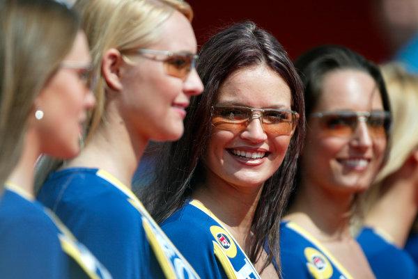 2004 San Marino Grand Prix - Sunday Race,2004 San Marino Grand Prix Imola, Italy. 25th April 2004.Grid girls. World Copyright: Steve Etherington/LAT Photographic ref: Digital Image Only