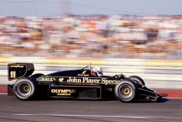 1985 French Grand Prix.Paul Ricard, Le Castellet, France.5-7 July 1985.Elio de Angelis (Lotus 97T Renault) 5th position.Ref-85 FRA 29.World Copyright - LAT Photographic