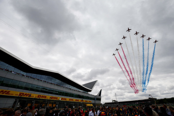 Fly by over the grid during the national anthem