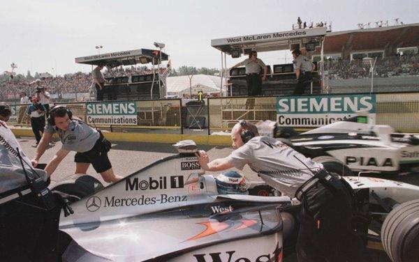 1998 San Marino Grand Prix.Imola, Italy.24-26 April 1998.Mika Hakkinen (McLaren MP4/13 Mercedes-Benz).World Copyright - Tee/LAT Photographic