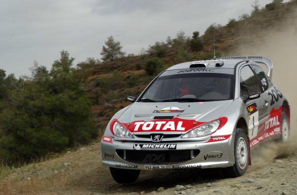 World Rally Championship, Cyprus Rally, April 18-21, 2002.Richard Burns during shakedownPhoto: Ralph Hardwick/LAT