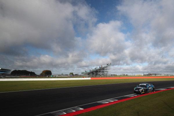 Sam Osborne (GBR) Excelr8 Motorsport MG