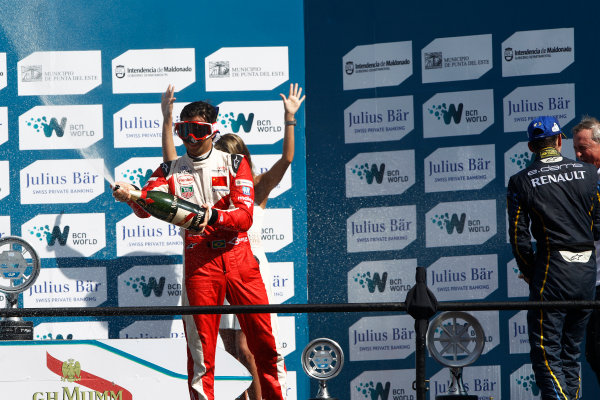 2014 Formula E  Punta Del Este e-Prix, Uruguay Saturday 13 December 2014. Nelson Piquet Jr (BRA)/China Racing - Spark-Renault SRT_01E  Photo: Sam Bloxham/LAT/Formula E ref: Digital Image _G7C6212