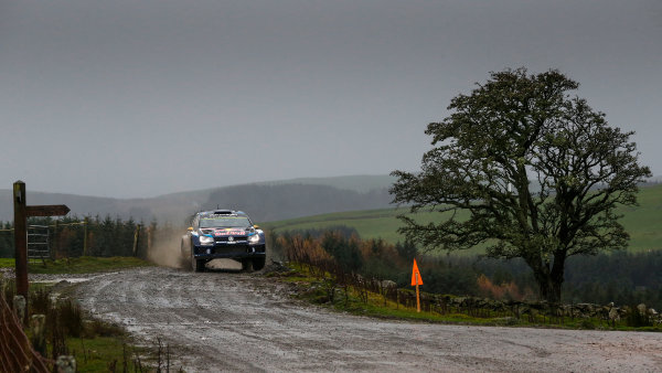 2015 World Rally Championship, Round 13, Rally of Wales GB, 12th - 15th November, 2015 Andreas Mikkelsen, VW, action  Worldwide Copyright: McKlein/LAT