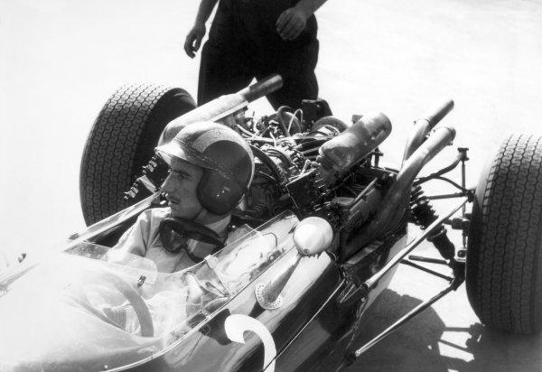 1965 F1 World Championship.Jo Siffert, portrait, helmet.World Copyright: LAT PhotographicRef: b&w print