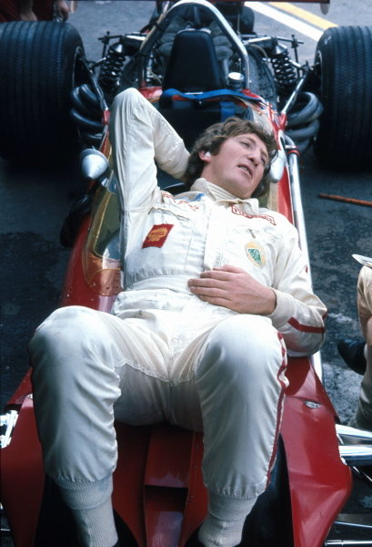 In the final Grand Prix of the 1960Õs Jochen Rindt (AUT) finds time to lay back and relax on his Lotus 49B. Mexican Grand Prix, Mexico City, 19 October 1969.