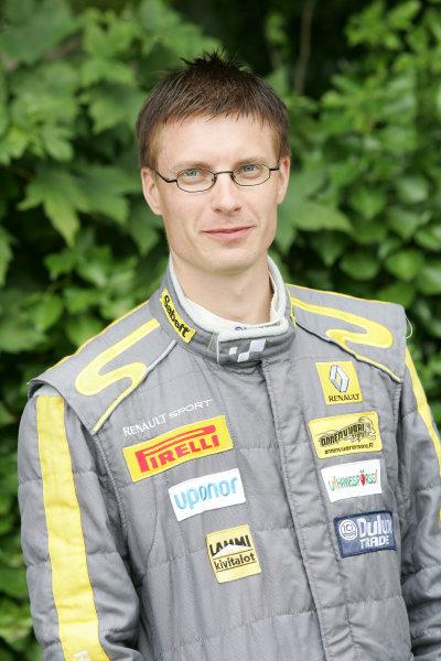 Isle of Man. 9th - 10th July 2010.Matti Rantanen/Mikko Lukka - Autosport Technology Renault Twingo.World Copyright: Ebrey LAT Photographic.