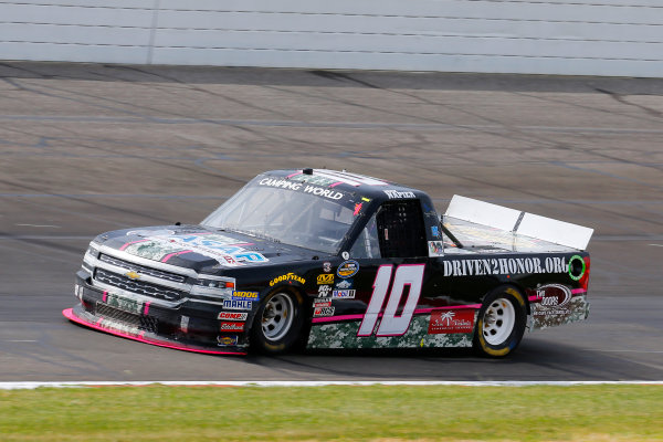 NASCAR Camping World Truck Series Drivin? For Linemen 200 Gateway Motorsports Park, Madison, IL USA Saturday 17 June 2017 Bryce Napier, Chevrolet Silverado World Copyright: Russell LaBounty LAT Images
