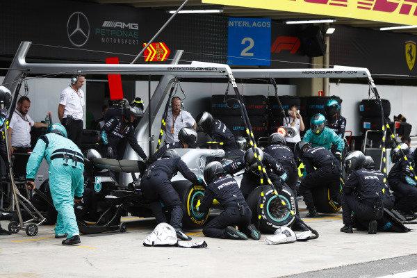 Valtteri Bottas, Mercedes AMG F1 W09, makes a pit stop.