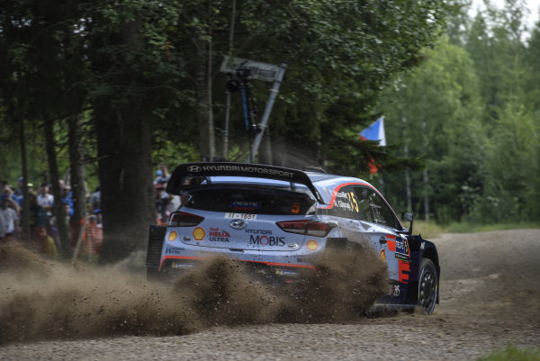 Thierry Neuville power slides his Hyundai i20 Coupe on the Rally Finland Shakedown stage