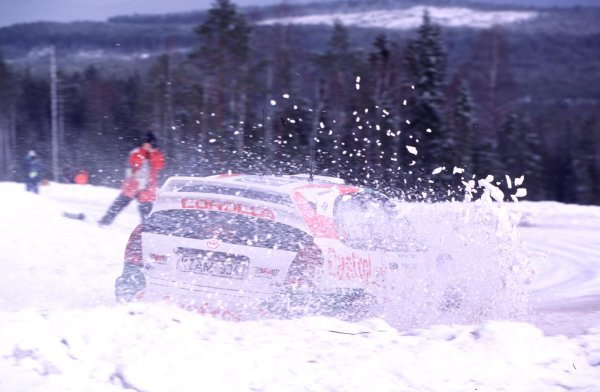 Swedish Rally, Sweden.10-13 February 2000Thomas Radstrom (Toyota Corolla WRC), 4th position.World - McKlein/LAT PhotographicRef: 2K WRC 03