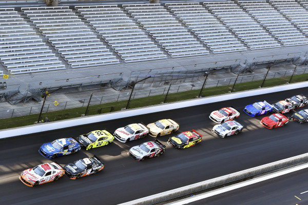 #18: Kyle Busch, Joe Gibbs Racing, Toyota Supra Combos and #7: Justin Allgaier, JR Motorsports, Chevrolet Camaro Suave Men