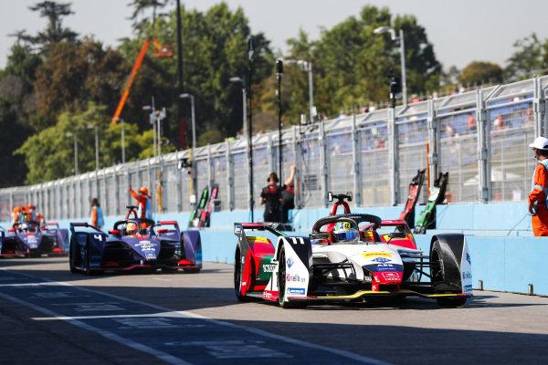 Lucas Di Grassi (BRA), Audi Sport ABT Schaeffler, Audi e-tron FE05, leaves the pit lane, followed by Robin Frijns (NLD), Envision Virgin Racing, Audi e-tron FE05 and Sam Bird (GBR), Envision Virgin Racing, Audi e-tron FE05