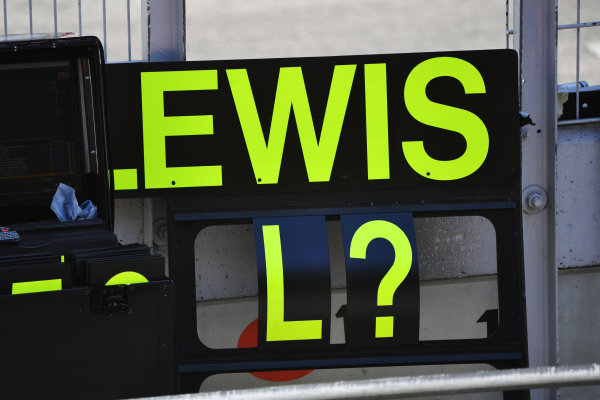 A pit board for Lewis Hamilton, Mercedes-AMG Petronas F1