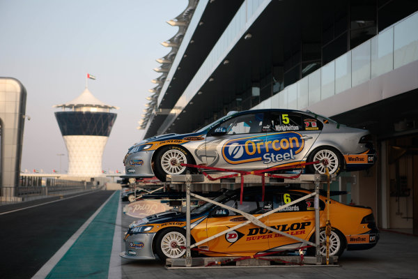 Yas Marina Circuit. Abu Dhabi, UAE.19th - 20th February 2010.Event 01 of the Australian V8 Supercar Championship Series.World Copyright: Mark Horsburgh/LAT Photographicref: Digital Image v8AbuDhabi-EV01-0307