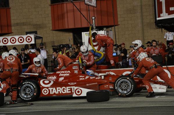 Scott Dixon (NZL) Target Chip Ganassi Racing makes a pit stop. Izod Indycar Series, Rd16, MAVTV American Real 500, Fontana, USA, 18-19 October 2013.