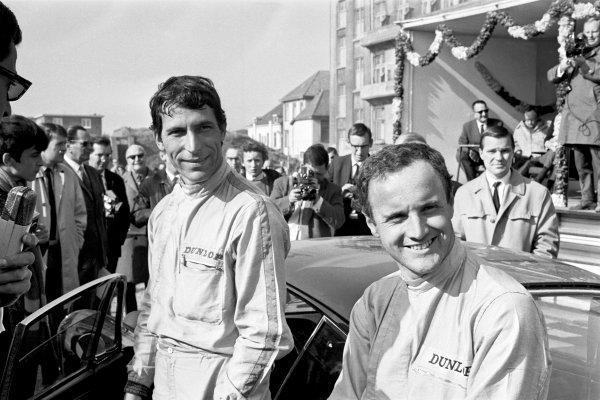 Netherlands. 24th - 27th April 1967.Vic Elford/David Stone (Porsche 911S), 1st position,  podium, portrait. World Copyright: LAT Photographic.Ref:  L67 - 247 - 32-32A.