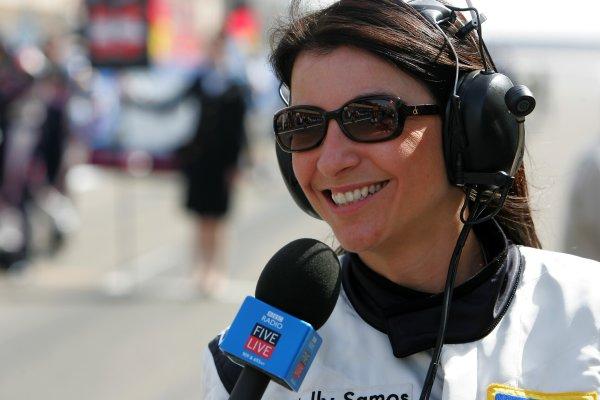 2006 Bahrain Grand Prix - Sunday Race Bahrain International Circuit, Sakhir, Bahrain 9th - 12th March. Holly Samos, BBC Radio Five Live, portrait. World Copyright: Glenn Dunbar/LAT Photographic ref: Digital Image IMG_8064.