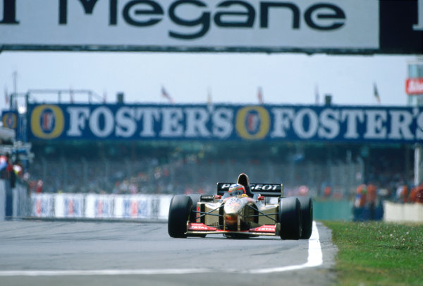 Silverstone, England. 12th - 14th July 1996.Rubens Barrichello (Jordan 196 Peugeot), 4th position, action. World Copyright: LAT Photographic.Ref: Colour Transparency.