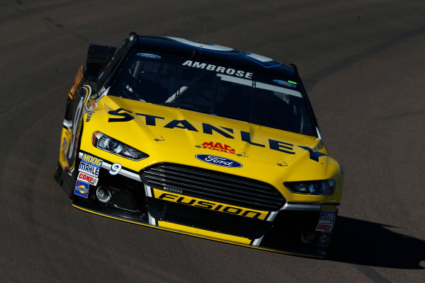 7-9 November, 2014, Avondale, Arizona USA  Marcos Ambrose ©2014, Michael L. Levitt LAT Photo USA