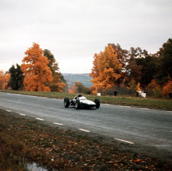 Watkins Glen, New York, USA.5-7 October 1962.Graham Hill (BRM P57) 2nd position.Ref-3/0684.World Copyright - LAT Photographic