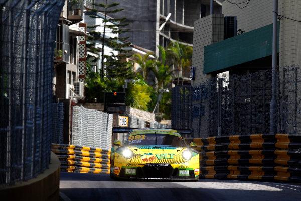 2015 FIA GT World Cup Circuit de Guia, Macau, China Friday 17 November 2017. Darryl O'Young, Craft Bamboo Racing, Porsche 911 GT3R  World Copyright: Alexander Trienitz/LAT Images ref: Digital Image 2017-Macau-GP-AT1-1593