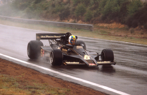 1977 Belgian Grand Prix.Zolder, Belgium.3-5 June 1977.Gunnar Nilsson (Lotus 78 Ford) takes 1st position for his first and only win.Ref-77 BEL 18.World Copyright - LAT Photographic