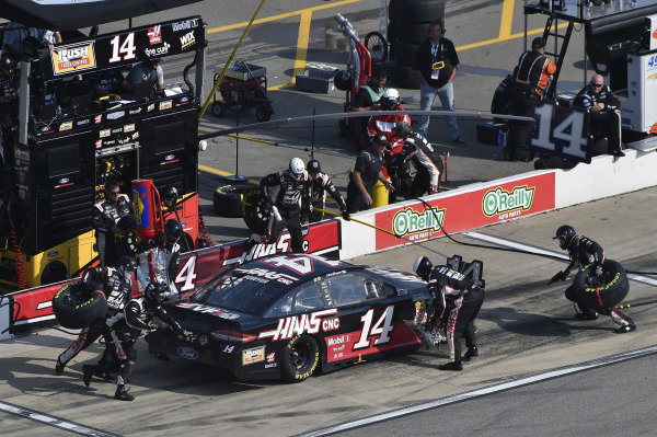#14: Clint Bowyer, Stewart-Haas Racing, Ford Fusion Haas 30 Years of the VF1