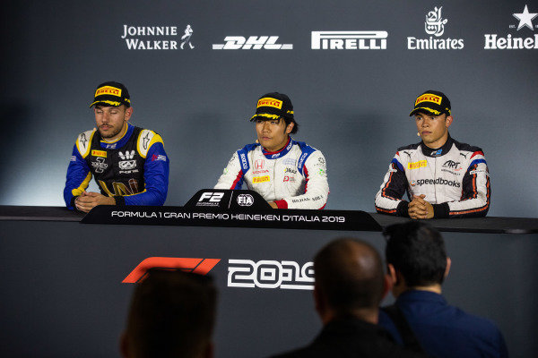 AUTODROMO NAZIONALE MONZA, ITALY - SEPTEMBER 07: Luca Ghiotto (ITA, UNI VIRTUOSI) Nobuharu Matsushita (JPN, CARLIN) and Nyck De Vries (NLD, ART GRAND PRIX) during the Monza at Autodromo Nazionale Monza on September 07, 2019 in Autodromo Nazionale Monza, Italy. (Photo by Joe Portlock / LAT Images / FIA F2 Championship)