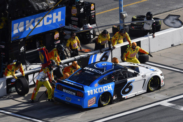 #6: Ryan Newman, Roush Fenway Racing, Ford Mustang Koch Industries