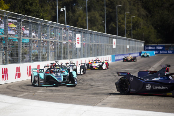 Robin Frijns (NLD), Envision Virgin Racing, Audi e-tron FE05 leads Mitch Evans (NZL), Panasonic Jaguar Racing, Jaguar I-Type 3 and Oliver Rowland (GBR), Nissan e.Dams, Nissan IMO1