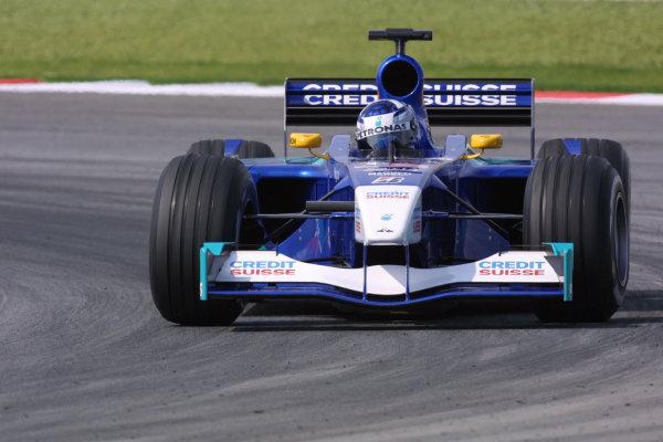 2001 Malaysian Grand Prix.Sepang, Kuala Lumpur, Malaysia. 16-18 March 2001.Kimi Raikkonen (Sauber C20 Petronas).World Copyright - LAT Photographicref: 8 9MB DIGITAL IMAGE