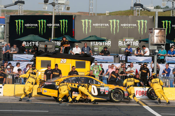 Monster Energy NASCAR Cup Series Monster Energy NASCAR All-Star Race Charlotte Motor Speedway, Concord, NC USA Friday 19 May 2017 Matt Kenseth, Joe Gibbs Racing, DEWALT Benefiting Wounded Warriors Project Toyota Camry World Copyright: Matthew T. Thacker LAT Images ref: Digital Image 17CLT1mt1414